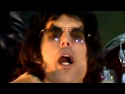 Queen – We Will Rock You Official Video