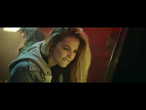 Lee Brice – One of Them Girls Official Music Video